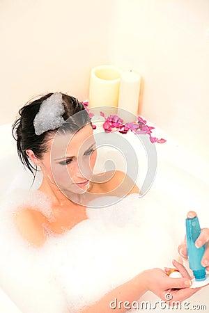 Cotton puff bath