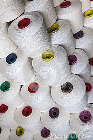 Cotton thread reel