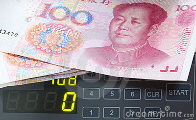 Counter with hundred yuan.