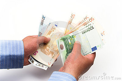 Counting euro bills