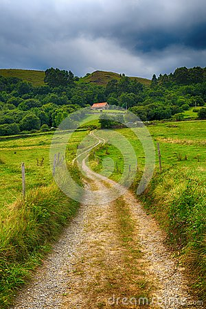 Free Country Road To A House In The Mountains Royalty Free Stock Image - 44385496