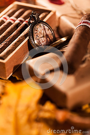 Free Couple Boxes Of Fine Cigars - A Great Gift From An Old Friend Royalty Free Stock Images - 49320499
