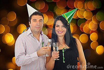 Couple celebrating New Year s Eve