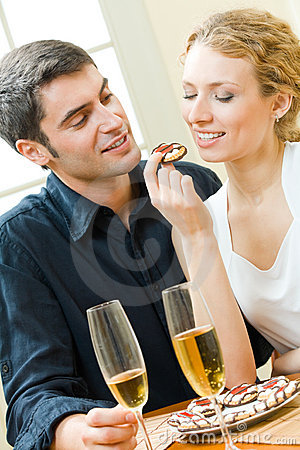 Free Couple Eating Cookies Stock Images - 11287744