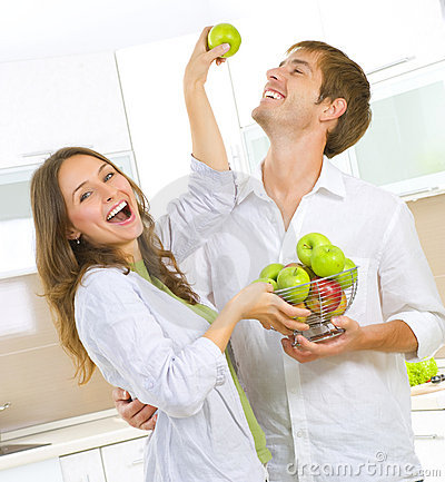 Free Couple Eating Fresh Fruits Stock Photography - 20332502