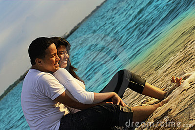 Couple honeymoon at beach