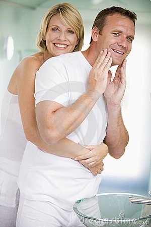 Free Couple In Bathroom Embracing Stock Image - 5930581