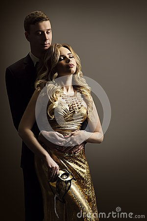 Free Couple In Love, Fashion Model Man And Woman Beauty Portrait Royalty Free Stock Photo - 107245795