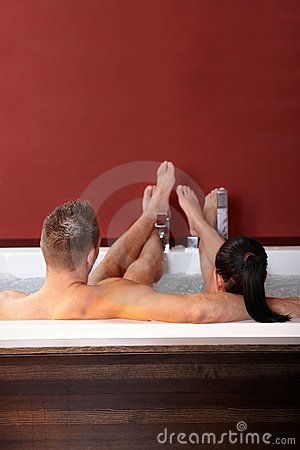 Free Couple In Wellness Jacuzzi Stock Photo - 18240190