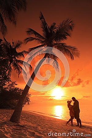 Free Couple Kissing At Beach On Sunset, Maldives Stock Photos - 27611213