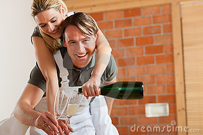 Couple moving in new apartment renovating