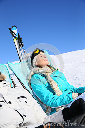 Free Couple Of Skiers Resting On The Slopes Stock Image - 49465261