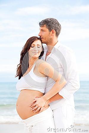 Couple pregnancy
