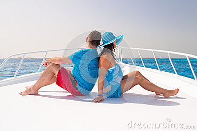 Couple relaxing on the cruise