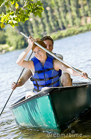 Free Couple Rowing Boat Royalty Free Stock Photo - 7329835