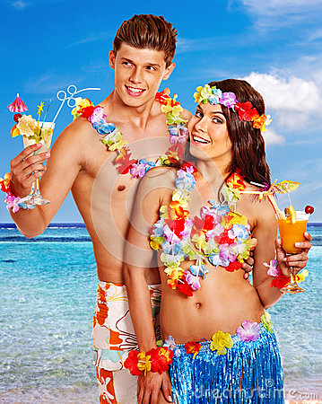 Free Couple With Cocktail At Hawaii Wreath Beach. Stock Image - 41015531