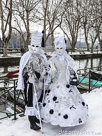 Couples déguisés Image éditorial