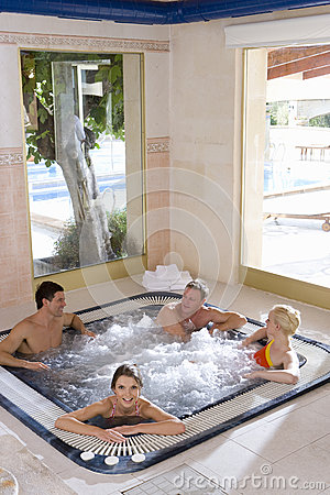 Free Couples In Hot Tub Stock Images - 41717304