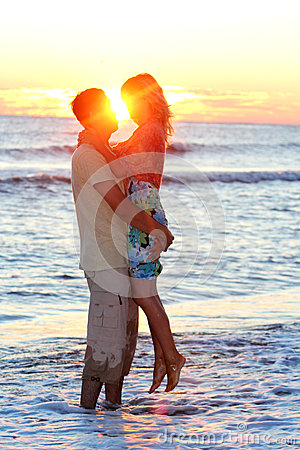 Couples sur la mer
