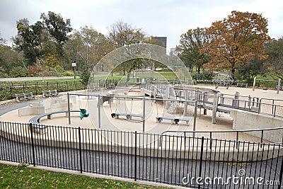 Cour de jeu abandonnée le jour après ouragan Sandy Image stock éditorial