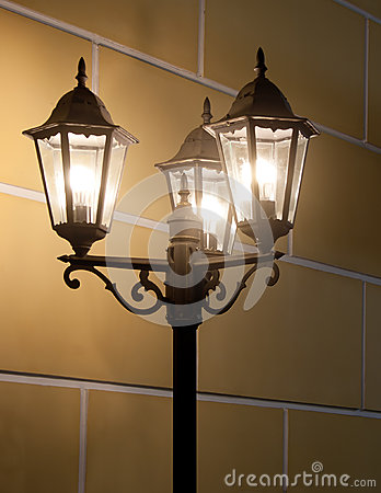 Courrier de lampe de cru