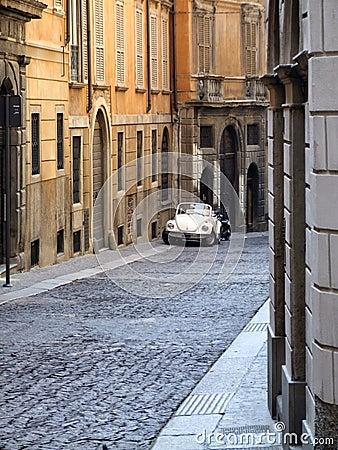 course de l 39 italie vieille rue de ville photos libres de droits image 1793578. Black Bedroom Furniture Sets. Home Design Ideas