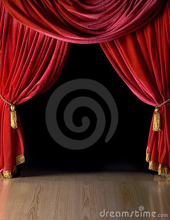 Courtains vermelhos do teatro de veludo