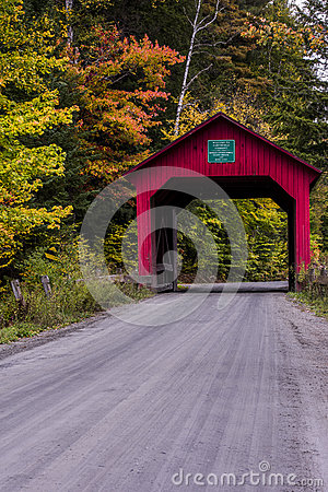 Free Covered Bridge And Gravel Road - Autumn / Fall - Vermont Royalty Free Stock Photography - 91758037