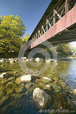 Free Covered Bridge In Autumn Near Crawford Notch, New Hampshire, New England Stock Photo - 52270750