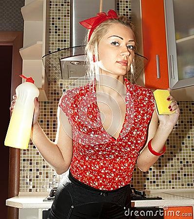 Cozinha-empregada doméstica