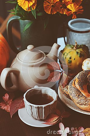 Free Cozy Autumn Breakfast On Table In Country House Royalty Free Stock Image - 121619866