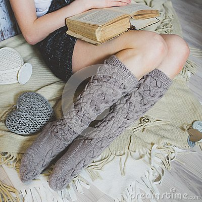 Free Cozy Winter Evening , Warm Woolen Socks Stock Photos - 99514253