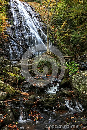 Free Crabtree Falls In Autumn Royalty Free Stock Image - 81176086