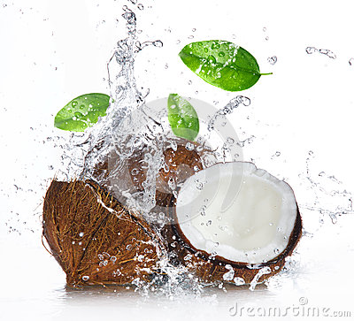 Free Cracked Coconut With Splashing Water Stock Images - 29917194
