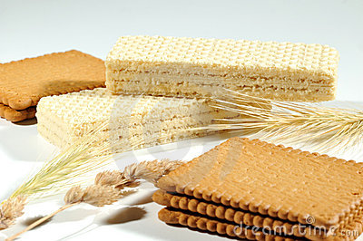 Crackers and wafers