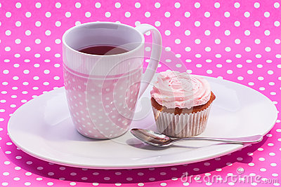 Cranberry tea with dessert