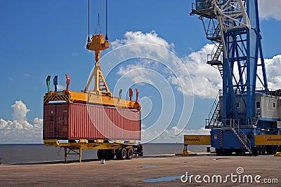 Crane container