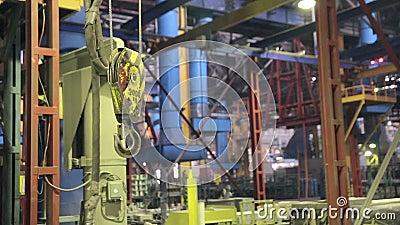 Crane Hook de balanceo industrial Interior de Fatory almacen de video