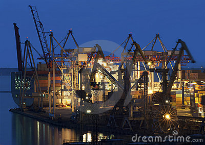 Cranes at the container port terminal