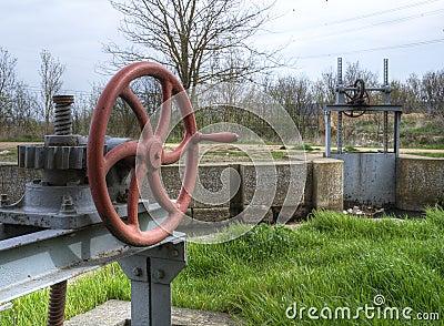Cranks and gates