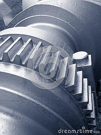 Free Crankshaft With Cogwheel Royalty Free Stock Photo - 563205