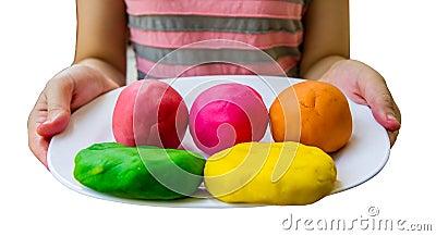 Pâte colorée de jeu
