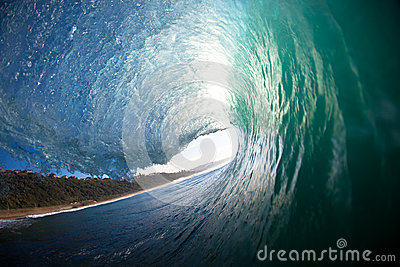 Crashing Hollow Wave Lip Water