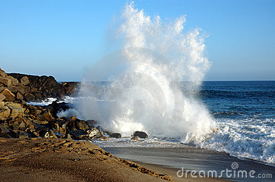 Crashing wave 2