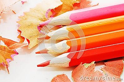 le bois color crayonne des copeaux sur le blanc photo stock image 47556091 - Copeaux De Bois Colors