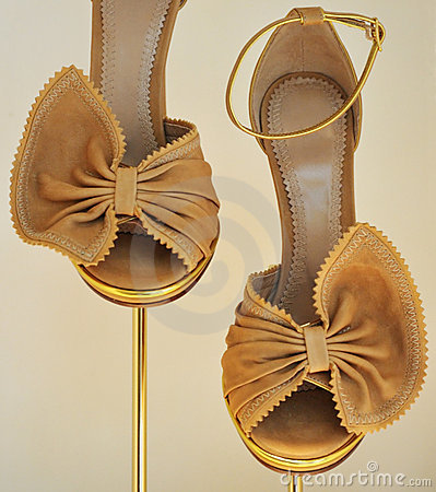 Cream butterfly shoes