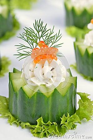 Free Cream Cheese With Caviar On Cucumber Stock Photos - 21123463