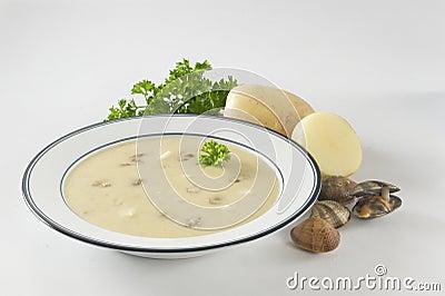 Creamy potato clam soup