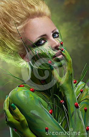 Free Creative Beauty Shot With Body-art Royalty Free Stock Photos - 24399048