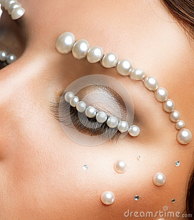 Creative Makeup with Pearls
